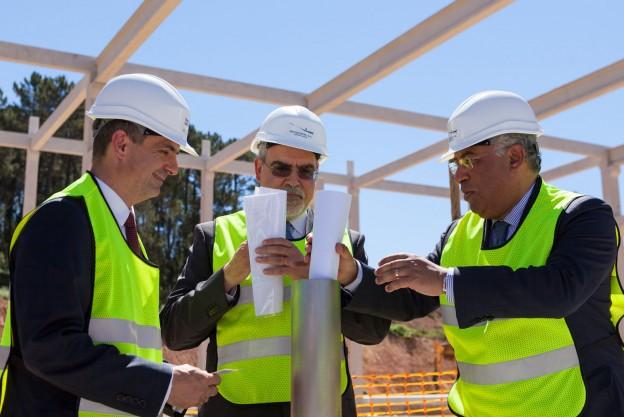 Construction d'une usine d'injection plastique automobile au portugal
