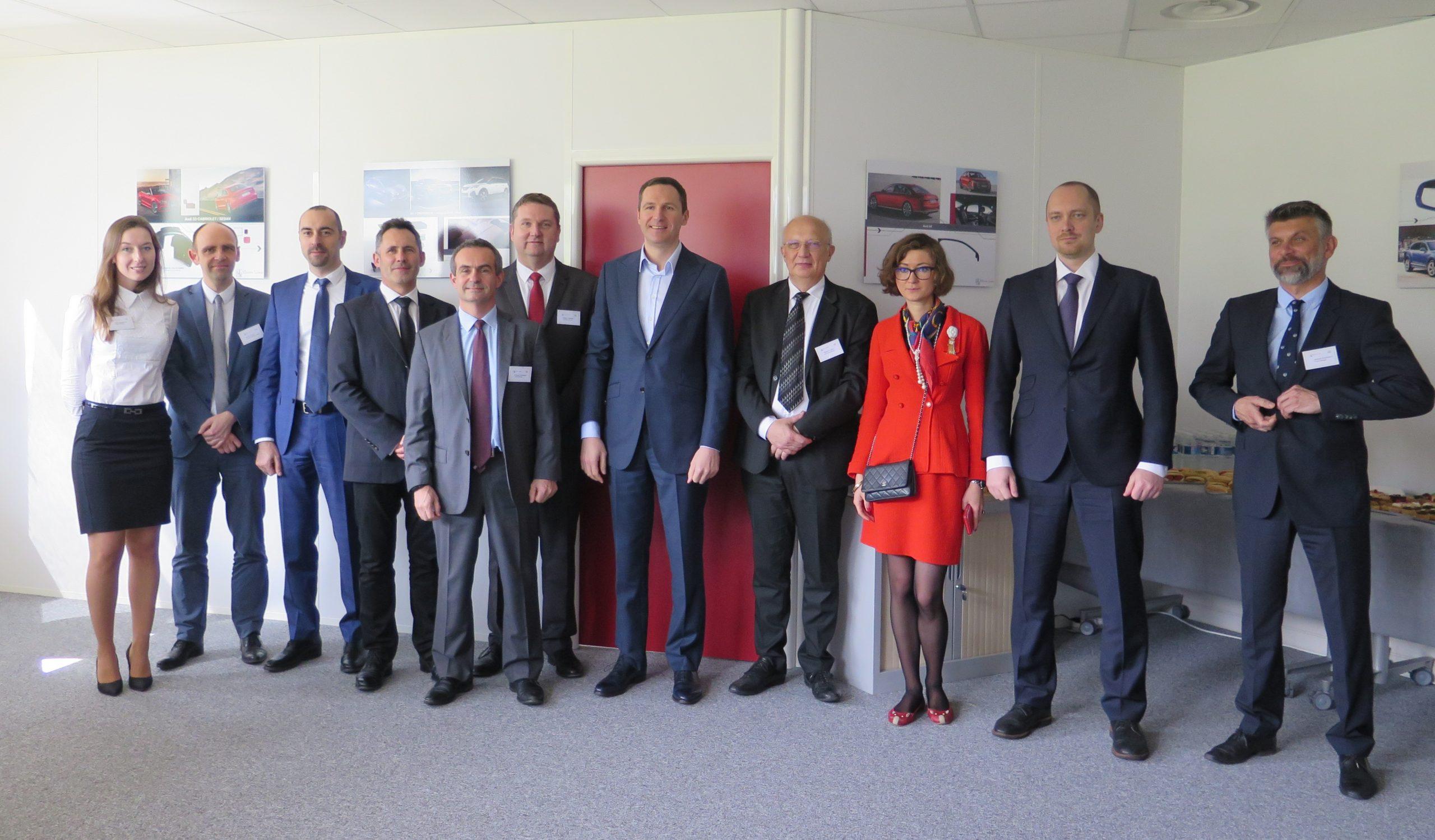 Read more about the article Une délégation Russe rend visite à Eurostyle Systems / A delegation from Moscow visits Eurostyle Systems